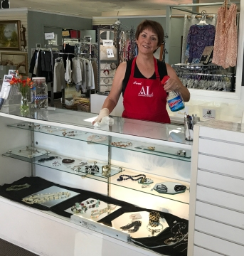 Thrift Shop Carole - REV.IMG_3611