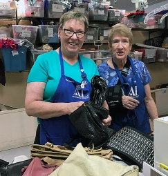 Thrift Shop Charmaine.Janet - REV.IMG_3612